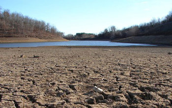 California_Drought_Dry_Riverbed_NOAA_f[1]